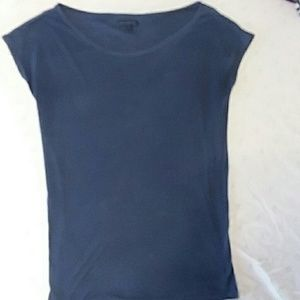 Cute navy blue American Eagle top!